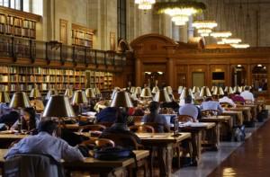 Das Studentendarlehen hilft beim Studieren