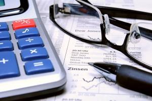 Studium finanzieren mit Aktienhandel
