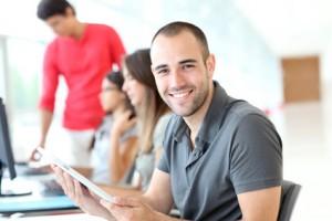 Lohnt sich eine Studienfinanzierung mit einem Aktiendepot?